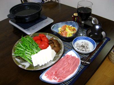 豚と長芋とトマトのとろろ昆布鍋