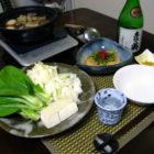 「豚の角煮鍋」・「筍ともやしのポン酢炒め」 【ぐい呑み】乳濁釉虫喰い 料理とぐい呑み(36)