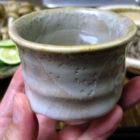 【ぐい呑み】白乳濁  釉の酒器 料理とぐい呑み(40)