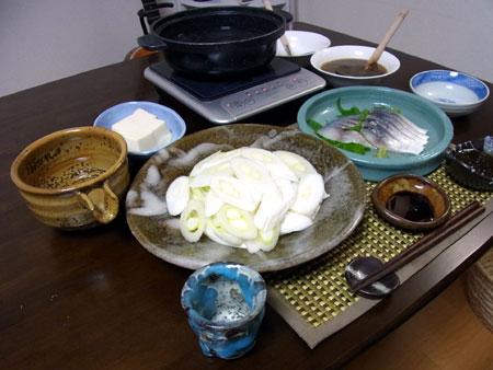 酒盗だれで『上州ねぎのしゃぶしゃぶ鍋』 料理とぐい呑み(59)