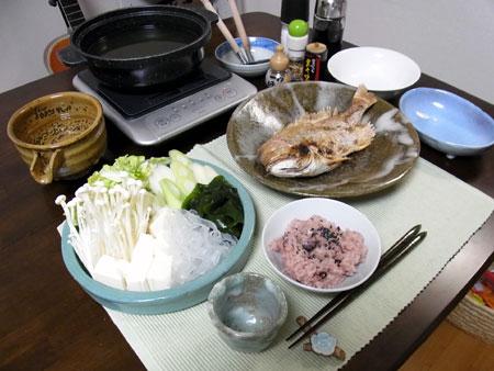 『めで鯛鍋 』 料理とぐい呑み(64) 陶器