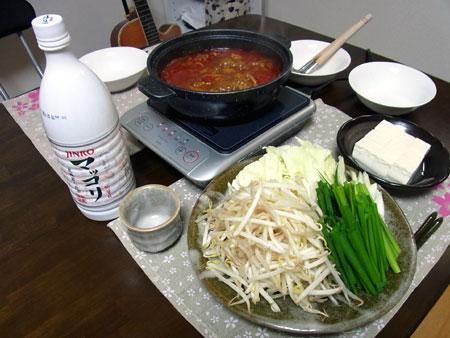 定番キムチ鍋