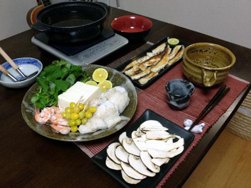 『ワケあり松茸の土鍋蒸し  』 料理とぐい呑み(76)