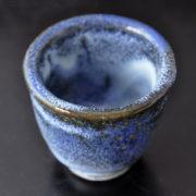 ぐい呑み 「青波」 青の釉薬